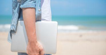 Digitální nomádi: Mýtus o kanceláři na pláži a zajištěném stáří