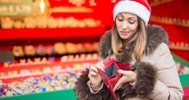 Novodobá Vánoční tradice: nadělit si pod stromeček dluhy
