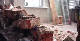 Léto vyrábí chataře i stavebníky. Jak to udělat, aby se vám rekonstrukce zbytečně neprodražila?